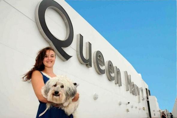 Ashleigh y Pudsey en el Queen Mary 2