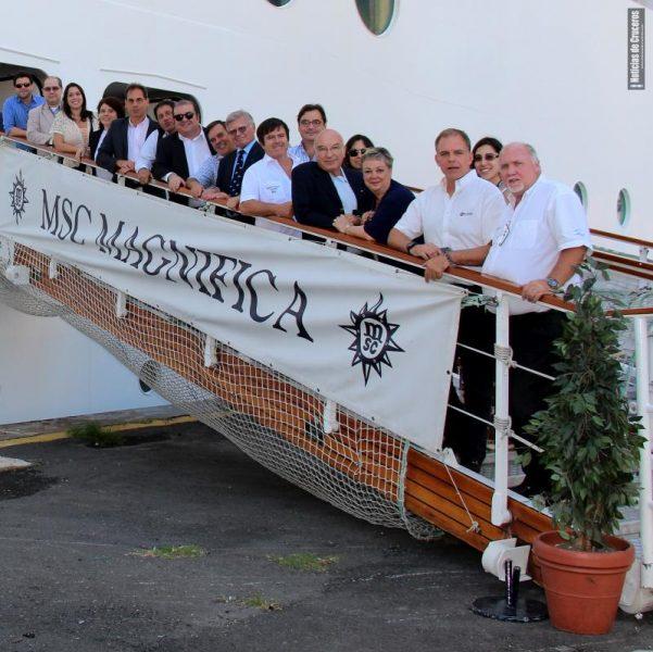 About Us - Conózcanos y sepa quién es quién a bordo de Noticias de Cruceros