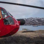 Poseidón Expeditions en Groenlandia: Helicóptero y Sea Spirit de fondo
