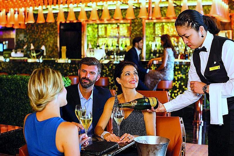 Costa Cruceros - Club Trendy