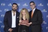 Shakira-Neil-Palomba