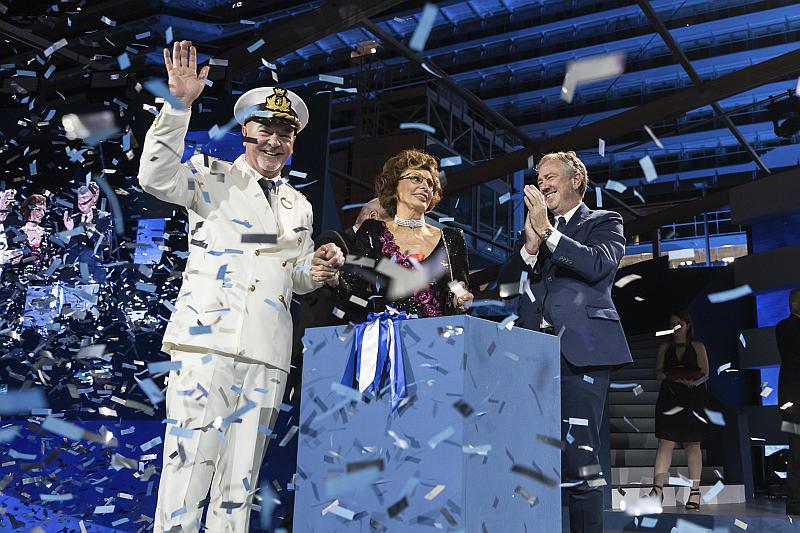 El Capitán Scala, Sophia Loren y Pierfrancesco Vago Celebran la inauguración del MSC Seaside