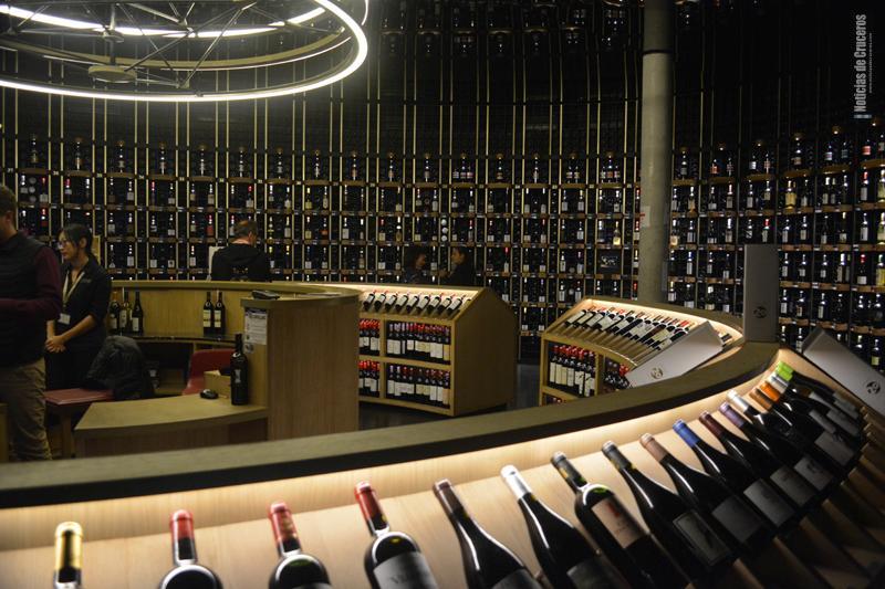 La vinoteca de la Cite du Vin - Abstemios abstenerse