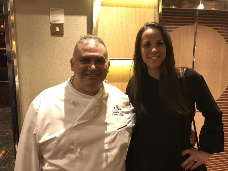 El Executive Chef Roberto Scordo, junto a Cecilia Bersuker, de Costa Cruceros Argentina
