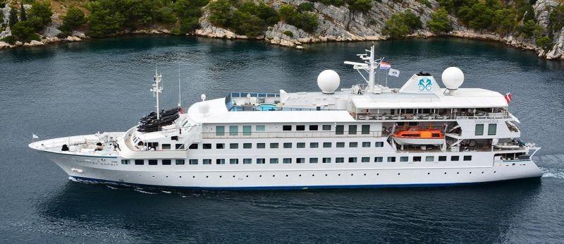 Crystal-Esprit-St.-Maarten