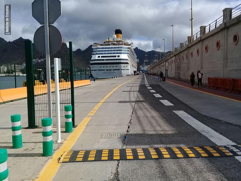 El Costa Fascinosa en Santa Cruz de Tenerife rumbo a Europa