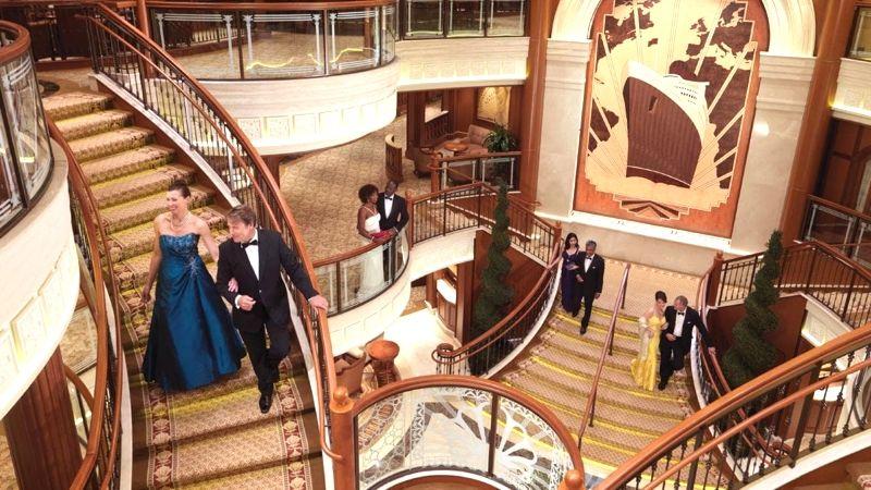 Cunard-Queen-Elizabeth-2