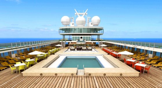 Bahamas-Grand-Classica-PoolDeck
