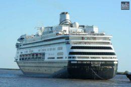 El Zaandam, primer gran barco de la temporada 19/20