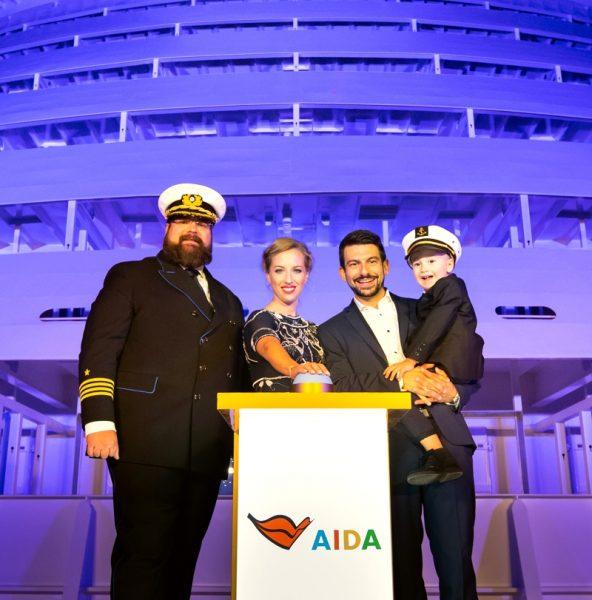 AIDAnova-Mirza-Family-2