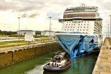 Canal de Panamá Norwegian Bliss