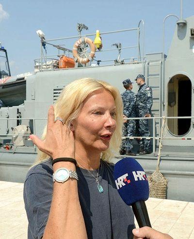 Caer de un Crucero Kay Longstaff