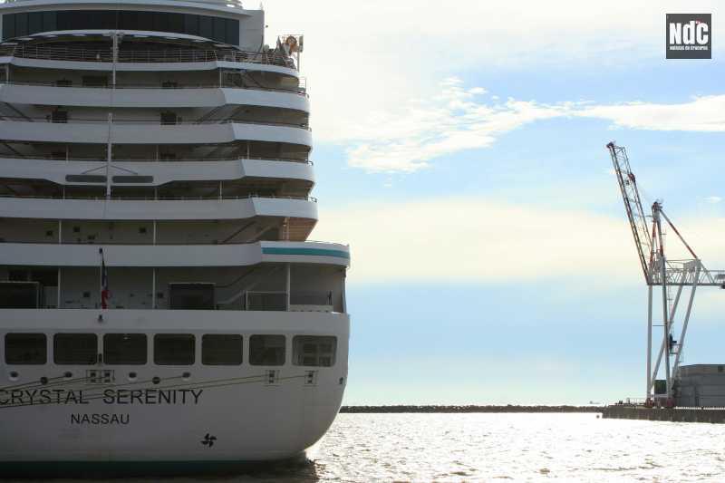 El Crystal Serenity, uno de los barcos elegidos en la actualidad para vivir de crucero.