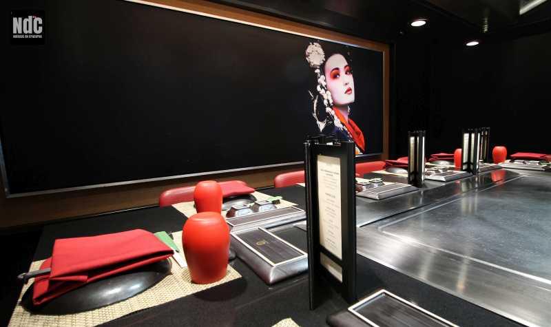 El restaurante oriental de cocina a la vista Teppanyaki ha duplicado su capacidad