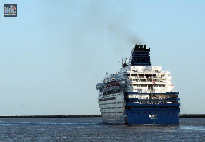 El Zenith se despide de la naviera que lo tuviera 12 años en su flota.