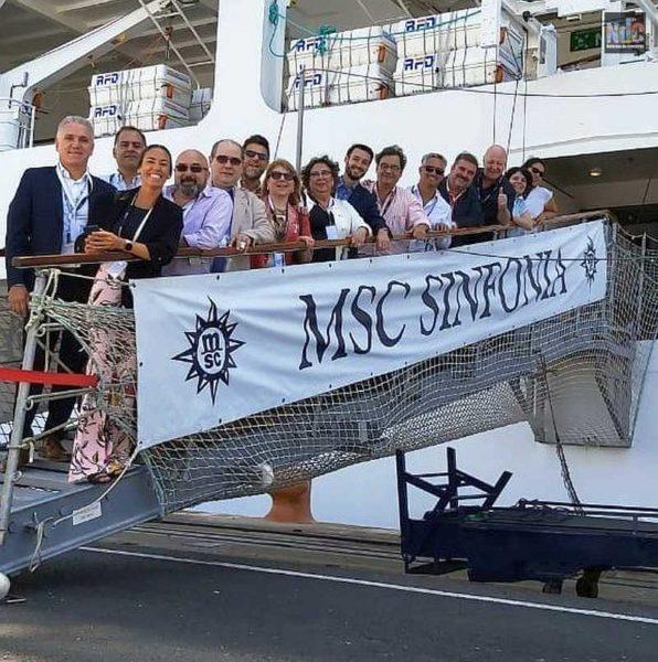 Staff de NdC e invitados especiales al festejo